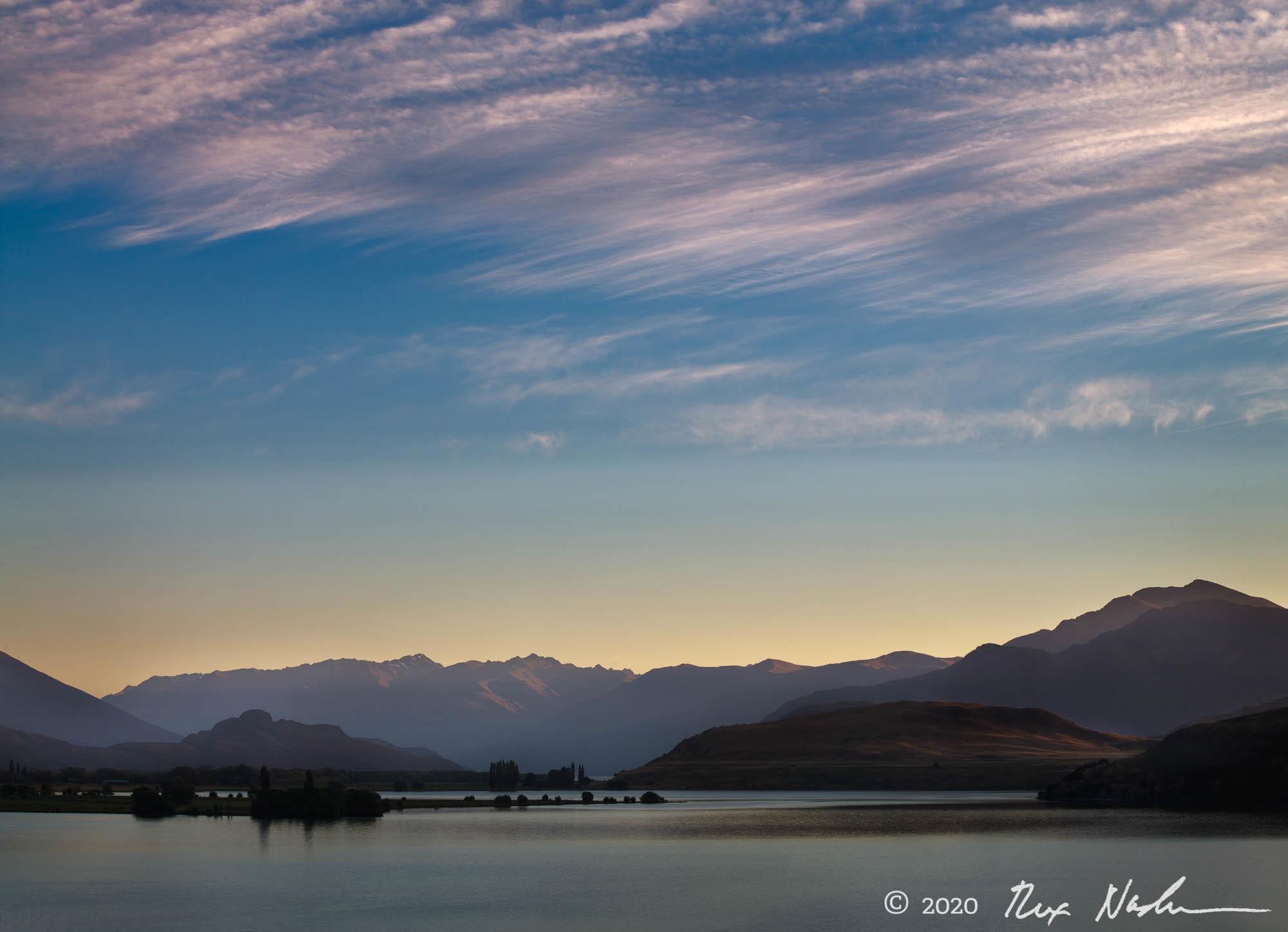 Dawn, Lake Wanaka - South Island, New Zealand